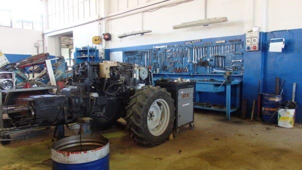 riparazione trattori e macchinari agricoli